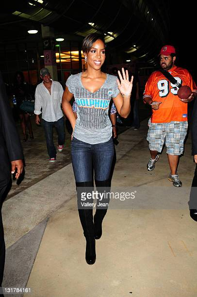 Kelly Rowland leave the Miami Dolphins versus the New England Patriots game at Sun Life Stadium on October 4, 2010 in Miami, Florida.