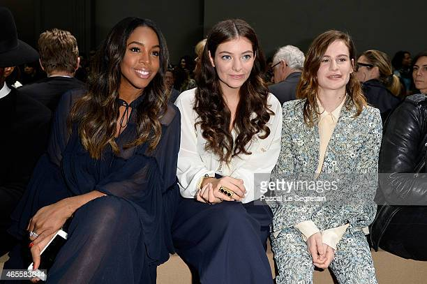 Kelly Rowland Lorde and Heloise Letissier attend the Chloe show as part of the Paris Fashion Week Womenswear Fall/Winter 2015/2016 on March 8 2015 in...