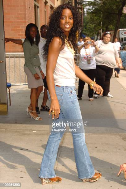 Kelly Rowland of Destiny's Child during Destiny's Child Sighting in New York City July 30 2005 at Upper East Side in New York City New York United...