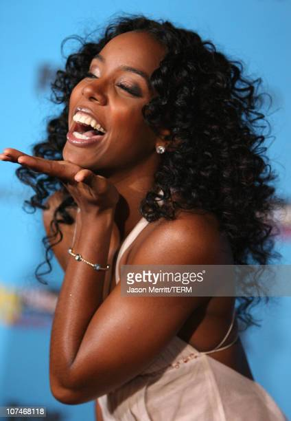 Kelly Rowland of Destiny's Child nominee for Best RB/HipHop Artist of the Year