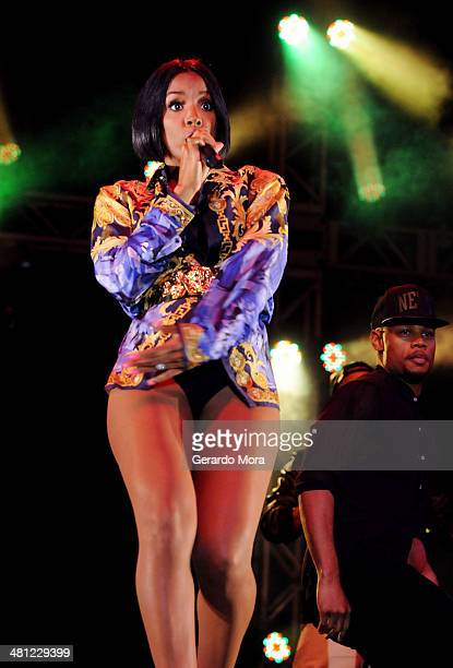 Kelly Rowland performs during Mardi Gras Celebration at Universal Orlando on March 28 2014 in Orlando Florida