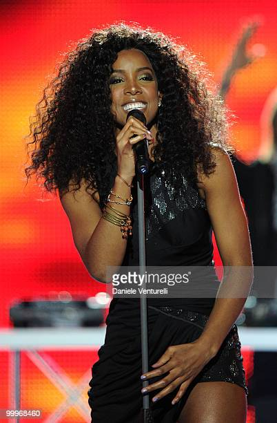 Kelly Rowland performs on stage during the World Music Awards 2010 at the Sporting Club on May 18 2010 in Monte Carlo Monaco