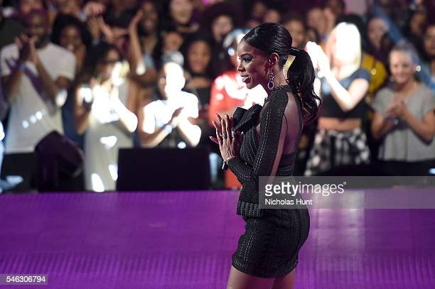 Kelly Rowland performs onstage during the VH1 Hip Hop Honors All Hail The Queens at David Geffen Hall on July 11 2016 in New York City