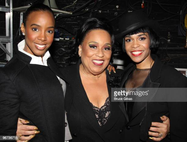 Kelly Rowland Roz Ryan and Michelle Williams pose backstage at 'Chicago' on Broadway at the Ambassador Theatre on February 15 2010 in New York City