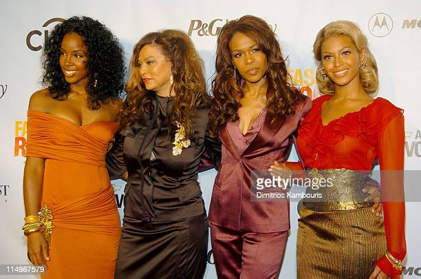 Kelly Rowland Tina Knowles Michelle Williams and Beyonce