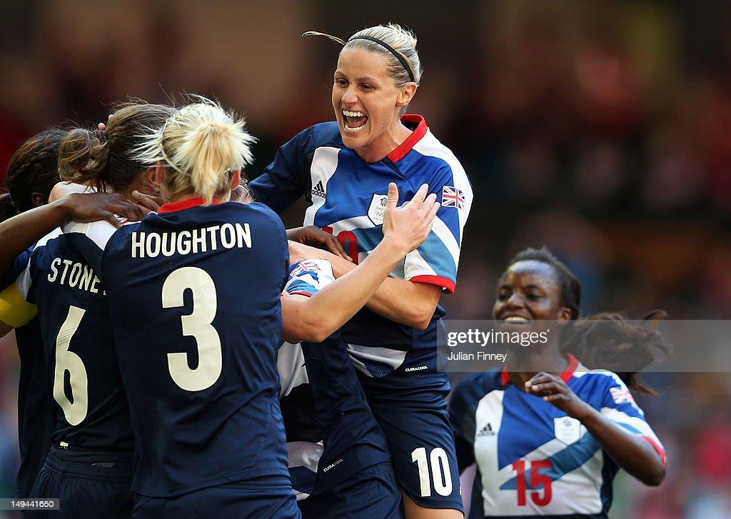 Olympics Day 1 - Women's Football - Great Britain v Cameroon : News Photo