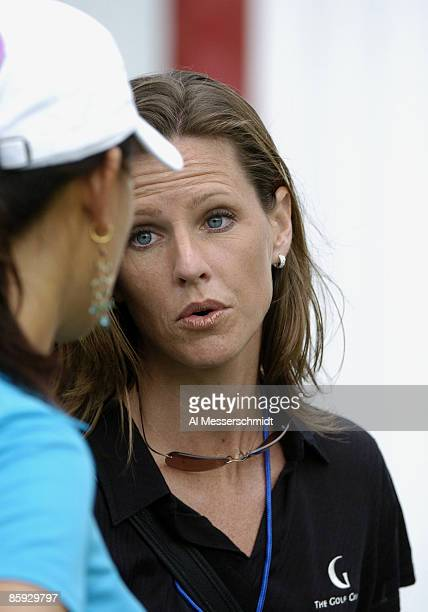 Kelly Tilghman of the Golf Channel talks with Michelle Wie after the first round of the 2005 Sony Open at Waialae Country Club January 13 2005 in...