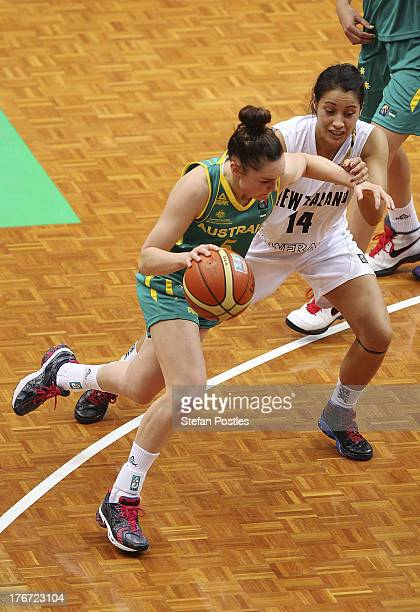 Kelly Wilson of the Opals drives to the basket during the Women's FIBA Oceania Championship match between the Australian Opals and the New Zealand...