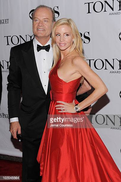 Kelsey Grammer and Camille Grammer attend the 64th Annual Tony Awards at Radio City Music Hall on June 13, 2010 in New York City.