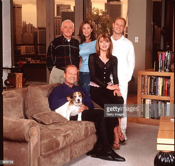 Kelsey Grammer Peri Gilpin Jane Leeves John Mahoney and David Hyde Pierce stars in the NBC series Fraiser