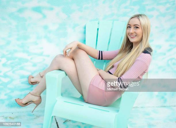 Kelsey Lee poses with Visual Snow Initiative at Giveback Day at TAP The Artists Project on January 10 2019 in Los Angeles California
