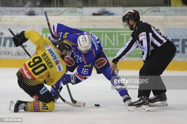 Kelsey Tessier of Vienna and MacGregor Sharp of Villach during the Vienna Capitals v EC VSV Erste Bank Eishockey Liga at Erste Bank Arena on January...