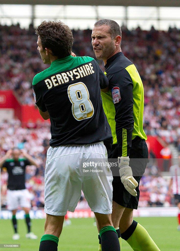 Southampton v Nottingham Forest - npower Championship
