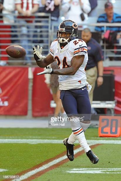 Kelvin Hayden of the Chicago Bears catches a pass during pregame against the Arizona Cardinals at University of Phoenix Stadium on December 23 2012...