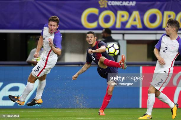 Kelyn Rowe of United States kicks the ball against Kenner Gutierrez of Costa Rica and Johnny Acosta of Costa Rica during the 2017 CONCACAF Gold Cup...
