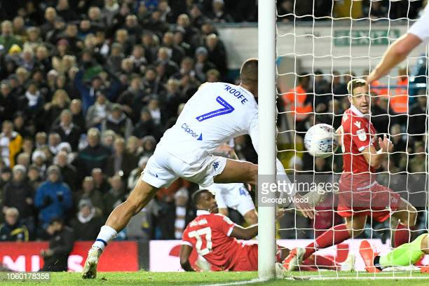 Kemar Roofe of Leeds United scores the equalising goal during the Sky Bet Championship between Leeds United and Nottingham Forest at Elland Road on...