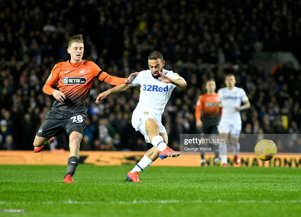 Leeds United v Swansea City - Sky Bet Championship : News Photo