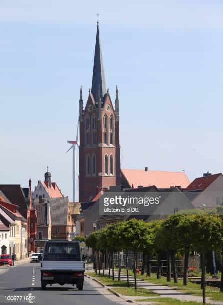"""Kemberg Sachsen Anhalt / 1994 verbrannte in der Stadtkirche Kemberg """"Unser Lieben Frauen"""" ein Cranachaltar der Kirchenrat beschloß ihn nicht wieder..."""