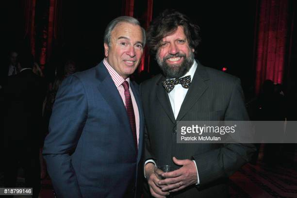 Ken Auletta and Oskar Eustis attend PARIS REVIEW BOARD OF DIRECTORS REVEL 2010 at Cipriani on April 13 2010 in New York City