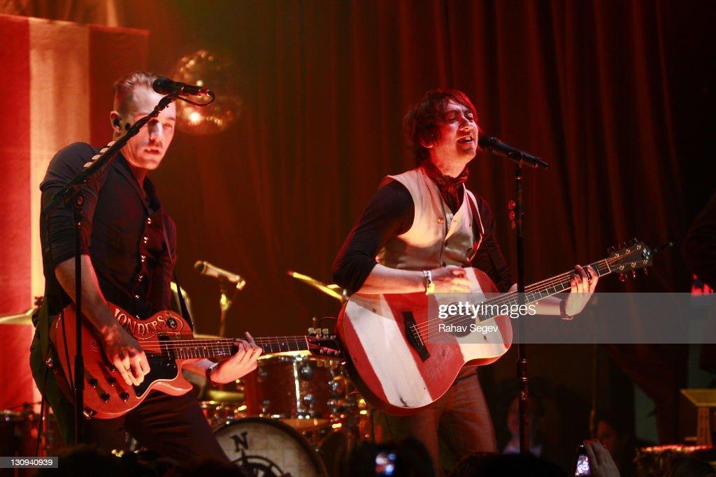 Plain White T's In Concert - February 22, 2011