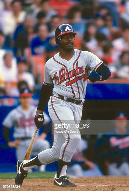 Ken Griffey Sr of the Atlanta Braves bats against the New York Mets during a Major League Baseball game circa 1988 at Shea Stadium in the Queens...