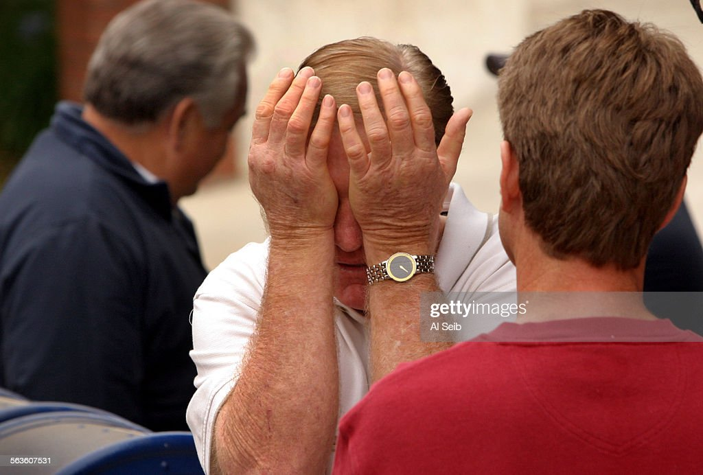 AGOURA HILLS, CA. Ken Harges, owner of the destroyed building and owner of Harges Palstering that wa : News Photo