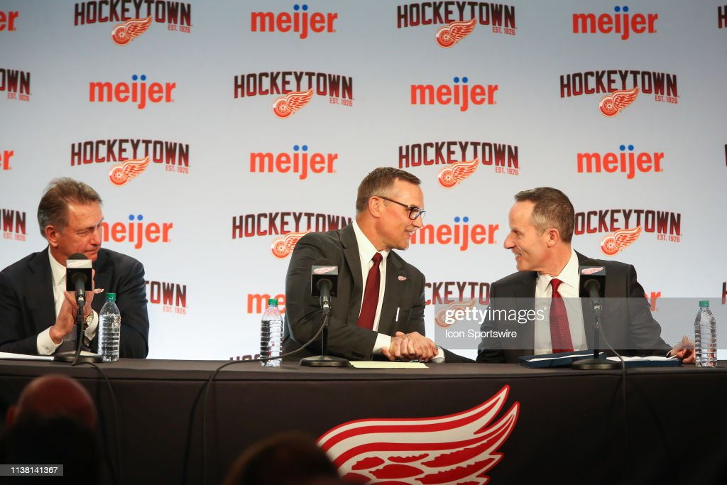 NHL: APR 19 Red Wings Introduce Steve Yzerman as New General Manager : News Photo