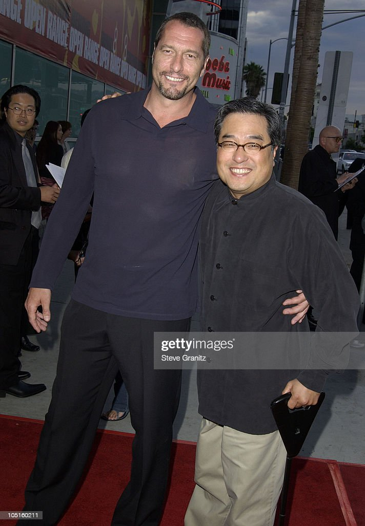 "Los Angeles Premiere for ""Freddy Vs. Jason"" - Arrivals : News Photo"