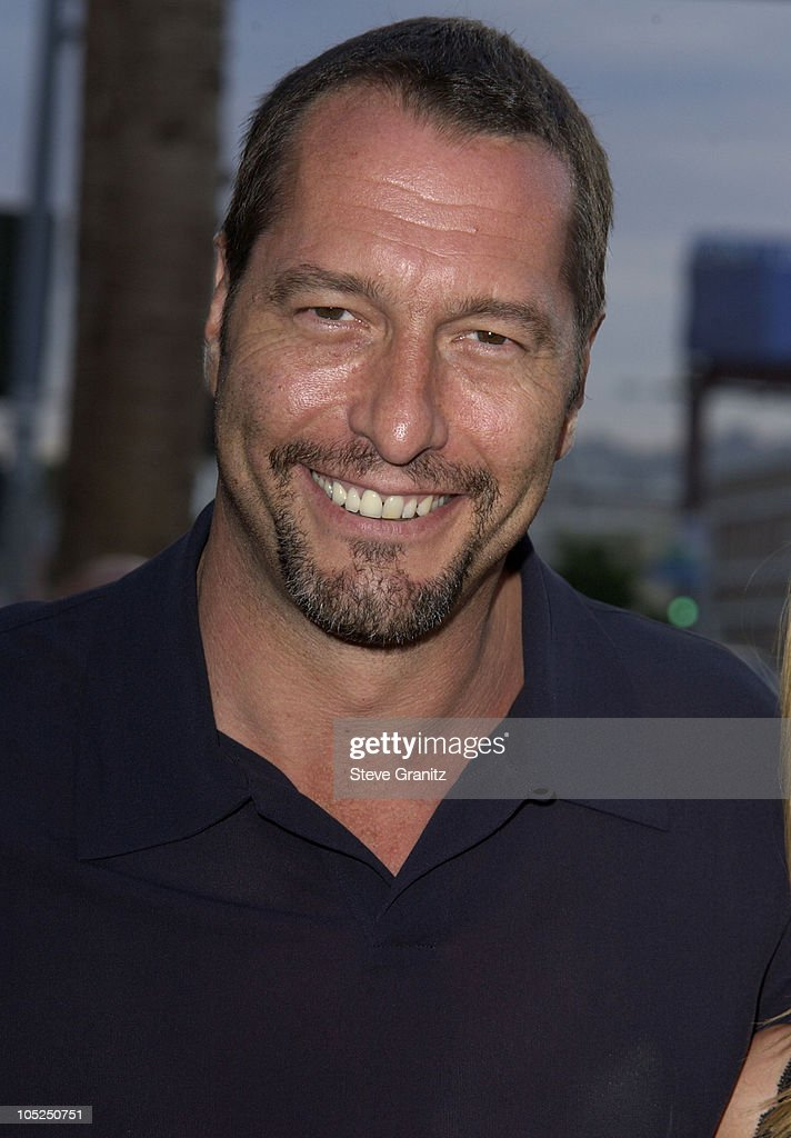 "Los Angeles Premiere for ""Freddy Vs. Jason"" - Arrivals : News Photo"