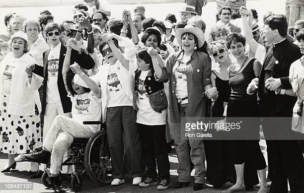 Ken Kragen and wife Helen Hayes Lily Tomlin Ed Koch John Cardinal O'Connor Mario Cuomo Bella Abzug Yoko Ono Sean Lennon and Liza Minnelli