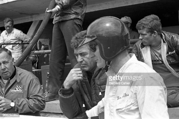 Ken Miles, Carroll Shelby, 24 Hours of Le Mans, Le Mans, 19 June 1966. Ken Miles with Carroll Shelby during the 1966 24 Hours of Le Mans.