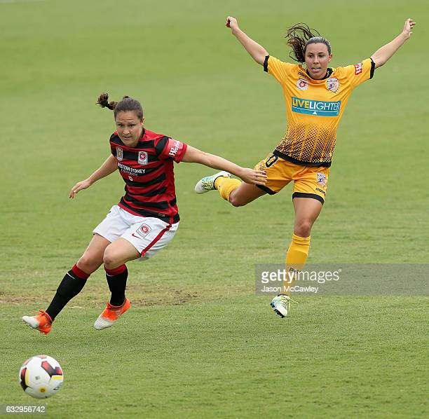 Kendall Fletcher of the Wanderers and Vanessa Dibernardo of the Glory compete for the ball during the round 14 WLeague match between the Western...