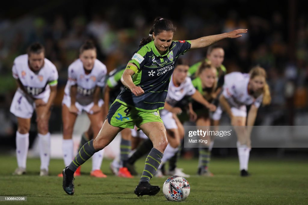 W-League Rd 12 - Perth v Canberra : News Photo