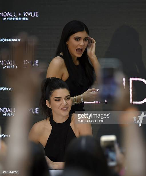 Kendall Jenner and Kylie Jenner arrive at Chadstone Shopping Centre in Melbourne on November 18, 2015. AFP PHOTO / MAL FAIRCLOUGH
