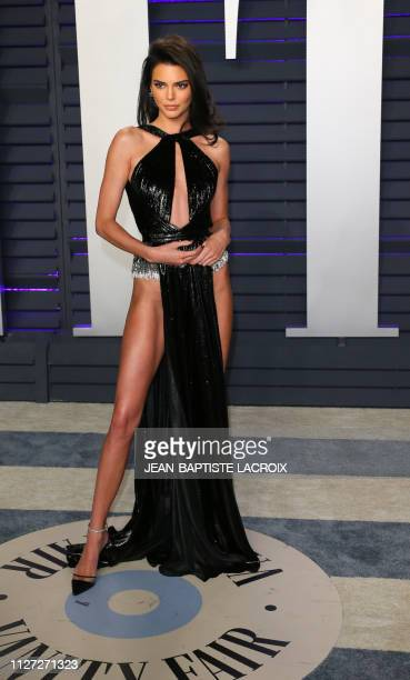 Kendall Jenner arrives for the 2019 Vanity Fair Oscar Party at the Wallis Annenberg Center for the Performing Arts on February 24, 2019 in Beverly...