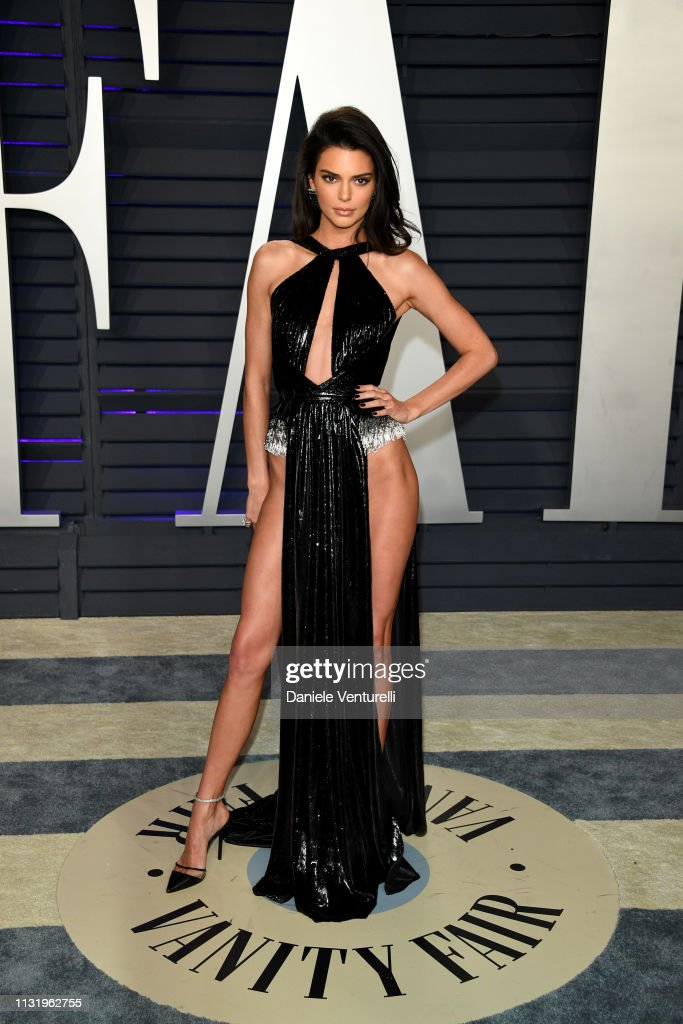 Kendall Jenner Attends 2019 Vanity Fair Oscar Party Hosted By Radhika Foto Jornalistica Getty Images