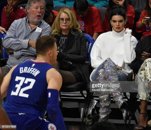 Kendall Jenner looks on as Blake Griffin of the Los Angeles Clippers defends against Memphis Grizzlies at Staples Center November 4 2017 in Los...