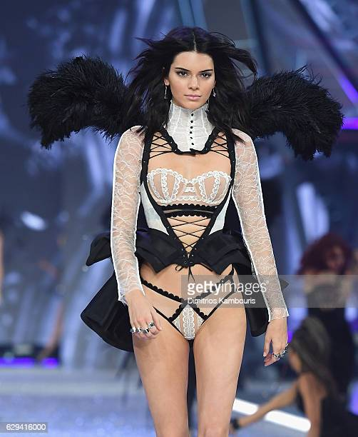 Kendall Jenner walks during the 2016 Victoria's Secret Fashion Show on November 30 2016 in Paris France