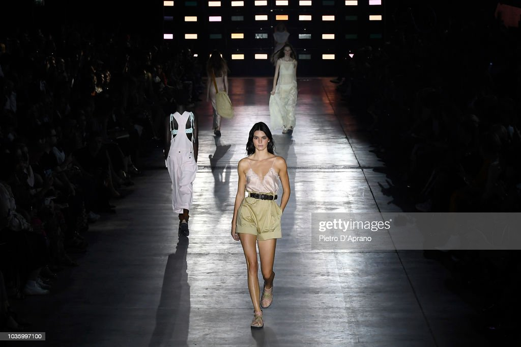 Alberta Ferretti Runway at Milan Fashion Week