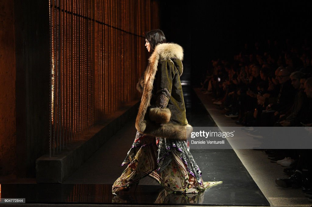 Kendall Jenner walks the runway at the Dsquared2 show during Milan Men's Fashion Week Fall/Winter 2018/19 on January 14, 2018 in Milan, Italy.