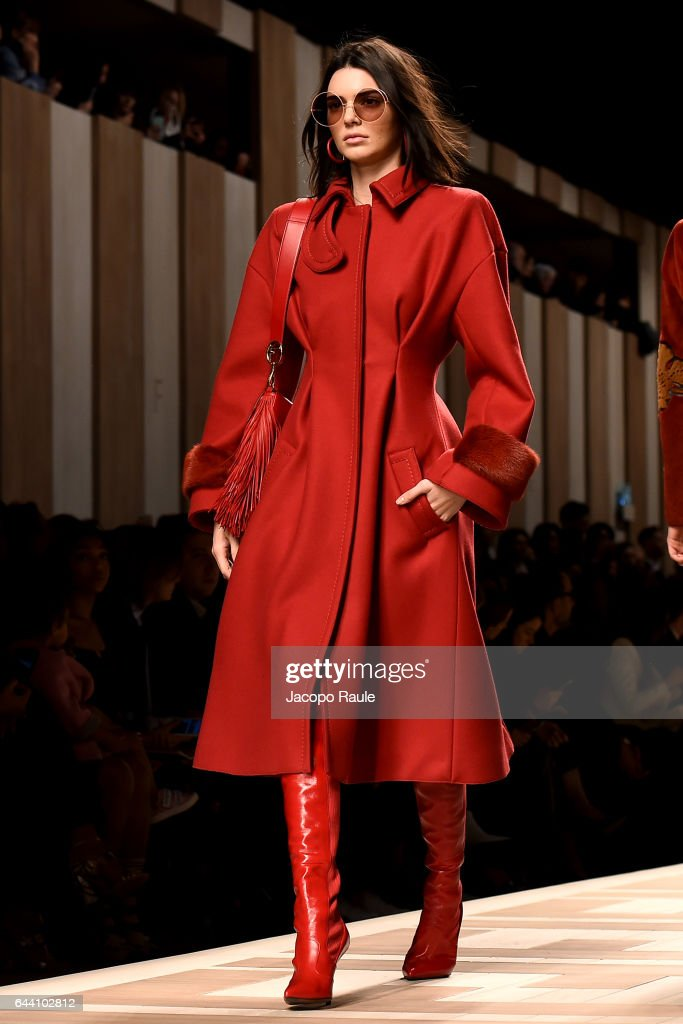 Fendi - Runway - Milan Fashion Week Fall/Winter 2017/18 : News Photo