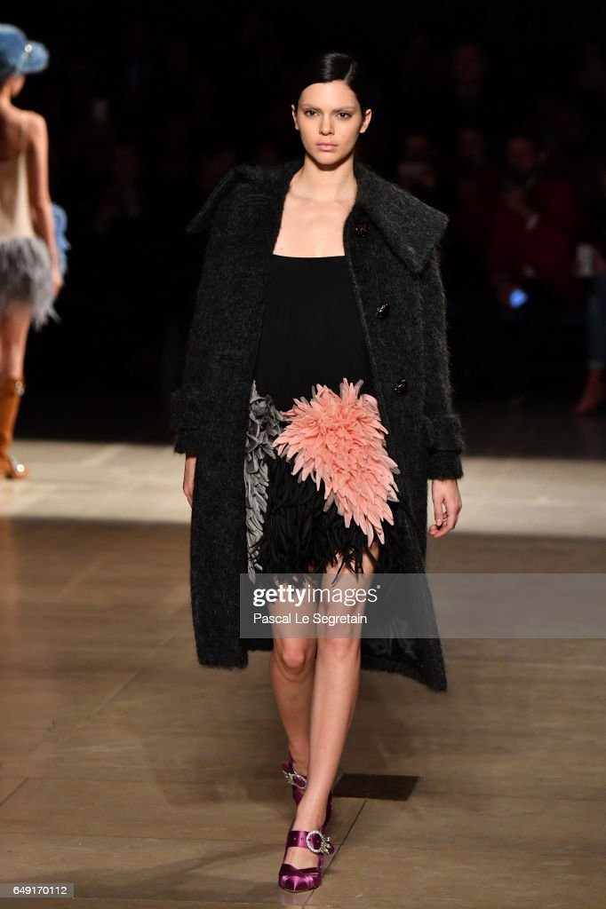 Kendall Jenner walks the runway during the Miu Miu show as part of the Paris Fashion Week Womenswear Fall/Winter 2017/2018 on March 7, 2017 in Paris, France.
