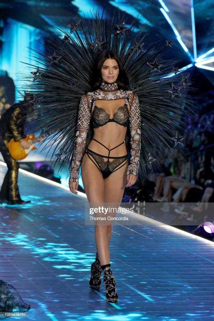 ddd09d18aa971 Kendall Jenner walks the runway wearing Swarovski in the 2018 ...