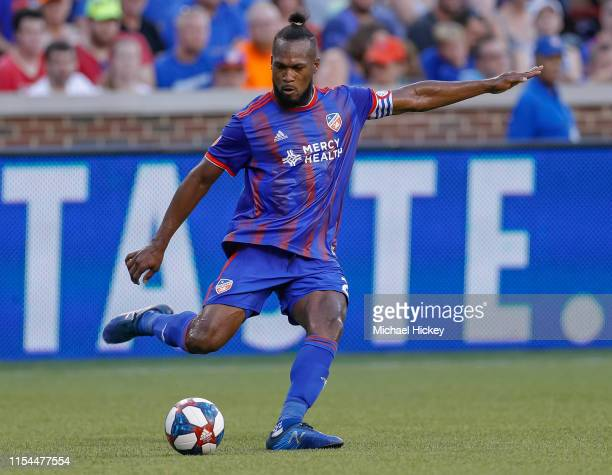 Kendall Waston of FC Cincinnati dribbles the ball upfield during the game against the Houston Dynamo at Nippert Stadium on July 6, 2019 in...