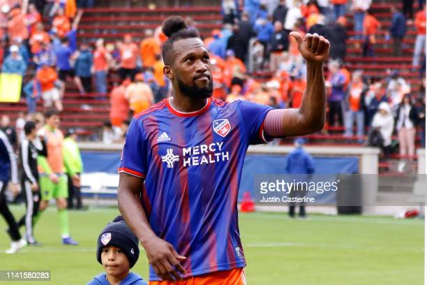 Kendall Waston of the Cincinnati FC waves to the fans after the game against the Sporting Kansas City at Nippert Stadium on April 07 2019 in...