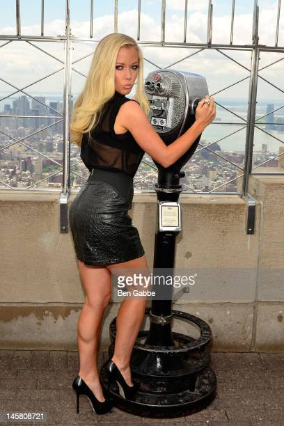 Kendra WilkinsonBaskett visits the Empire State Building's worldfamous 86th floor Observatory on June 6 2012 in New York United States