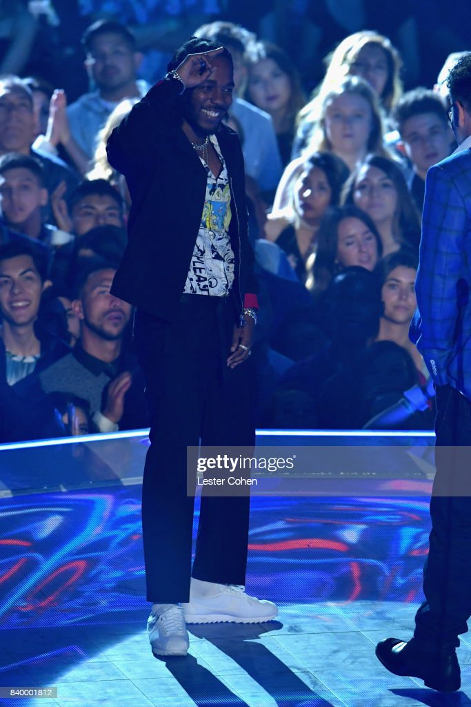 Kendrick Lamar onstage during the 2017 MTV Video Music Awards at The Forum on August 27, 2017 in Inglewood, California.