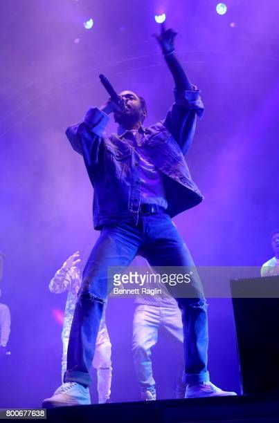Kendrick Lamar performs onstage at night three of the STAPLES Center Concert sponsored by Sprite during the 2017 BET Experience at Staples Center on...