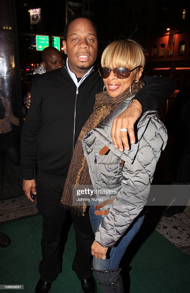 Kendu Isaacs and recording artist Mary J. Blige (R) visit Greenhouse on November 15, 2010 in New York City.
