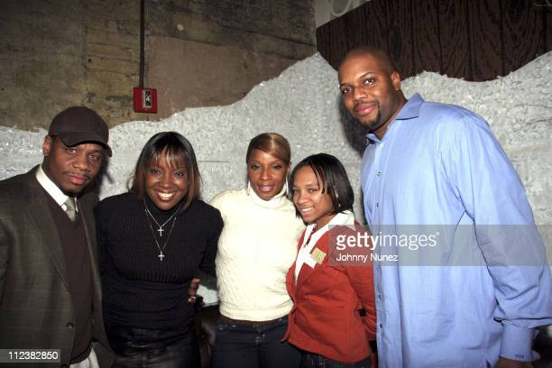 Kendu Isaacs Melissa Morgan Mary J Blige Lil Mama and Chauncey Bell of Interscope Records